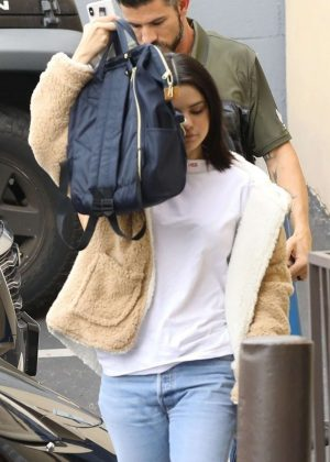 Selena Gomez - Arriving to a recording studio in Los Angeles
