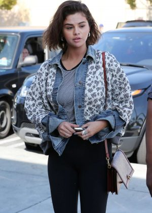 Selena Gomez at Starbucks in Los Angeles