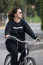 Selena Gomez - Bike Riding in Studio City
