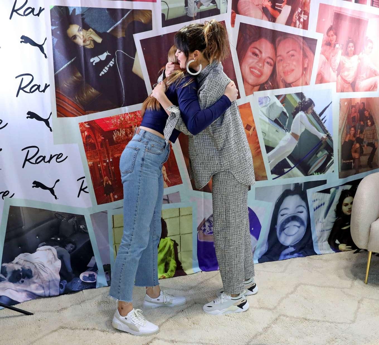 Selena Gomez 2020 : Selena Gomez – Fan Meet and Greet at the Puma flagship store-09