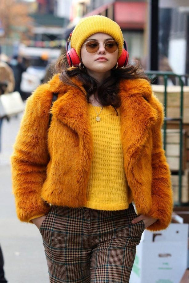 Selena Gomez - Filming 'Murders In The Building' in NYC