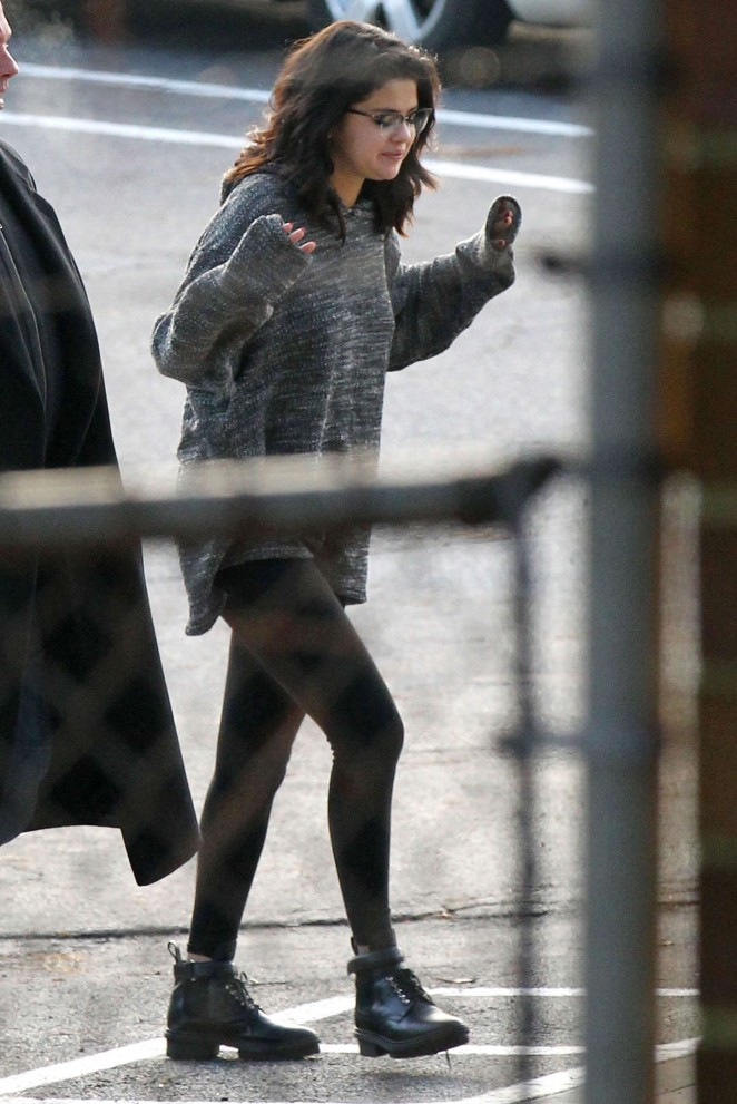 "Selena Gomez - Filming ""The Revised Fundamentals of Caregiving"" in Atlanta"