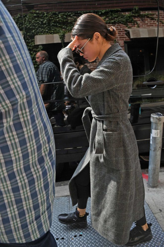 Selena Gomez: Get lunch in NYC-26