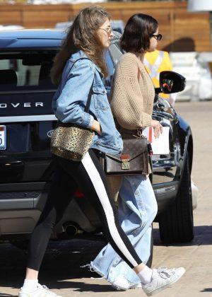 Selena Gomez - Grabs lunch at Nobu with a friend in Malibu