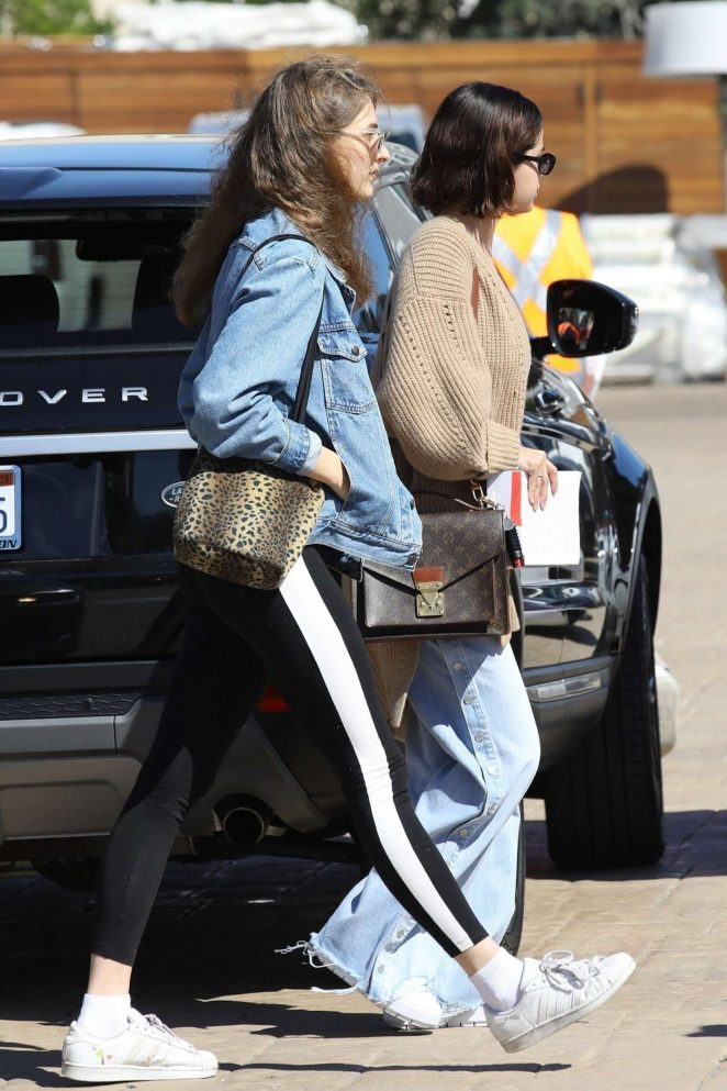 Selena Gomez - Grabs lunch at Nobu with a friend in Malibu