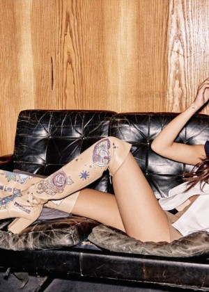 Selena Gomez - Grazia France Magazine (October 2015)