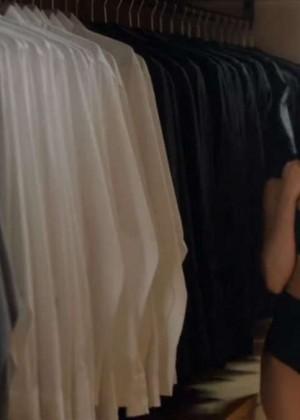Selena Gomez - 'Hands to Myself' Screencaps