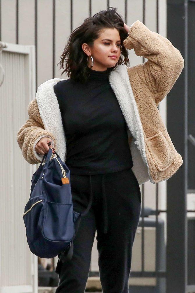 Selena Gomez – Heading to the studio in Los Angeles