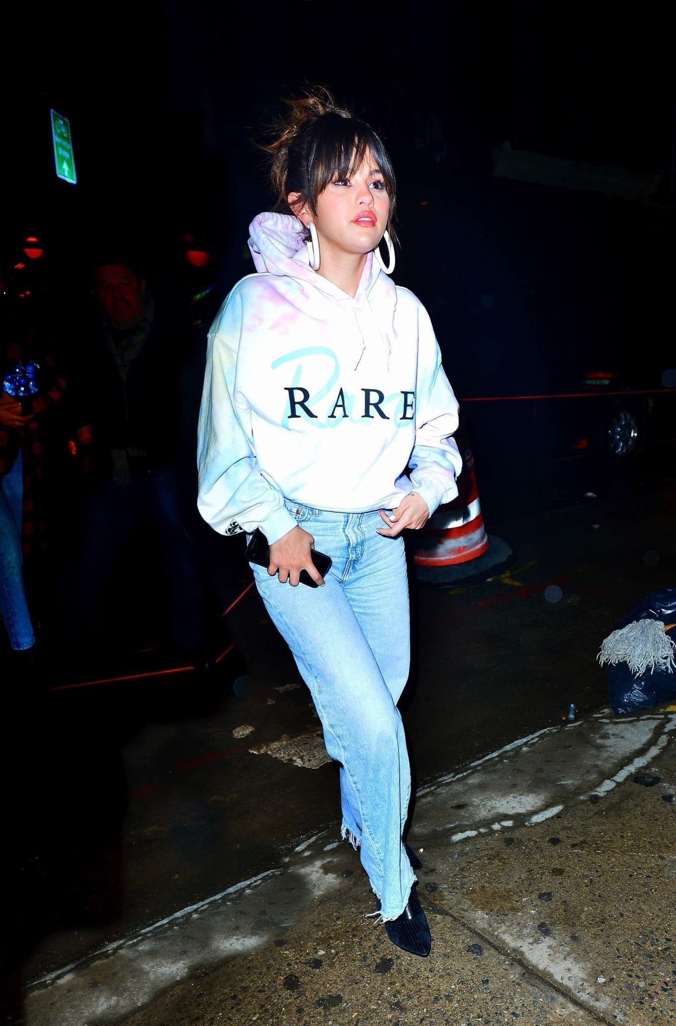 Selena Gomez 2020 : Selena Gomez – Heads to Bang Bang tattoo parlor in New York City-01