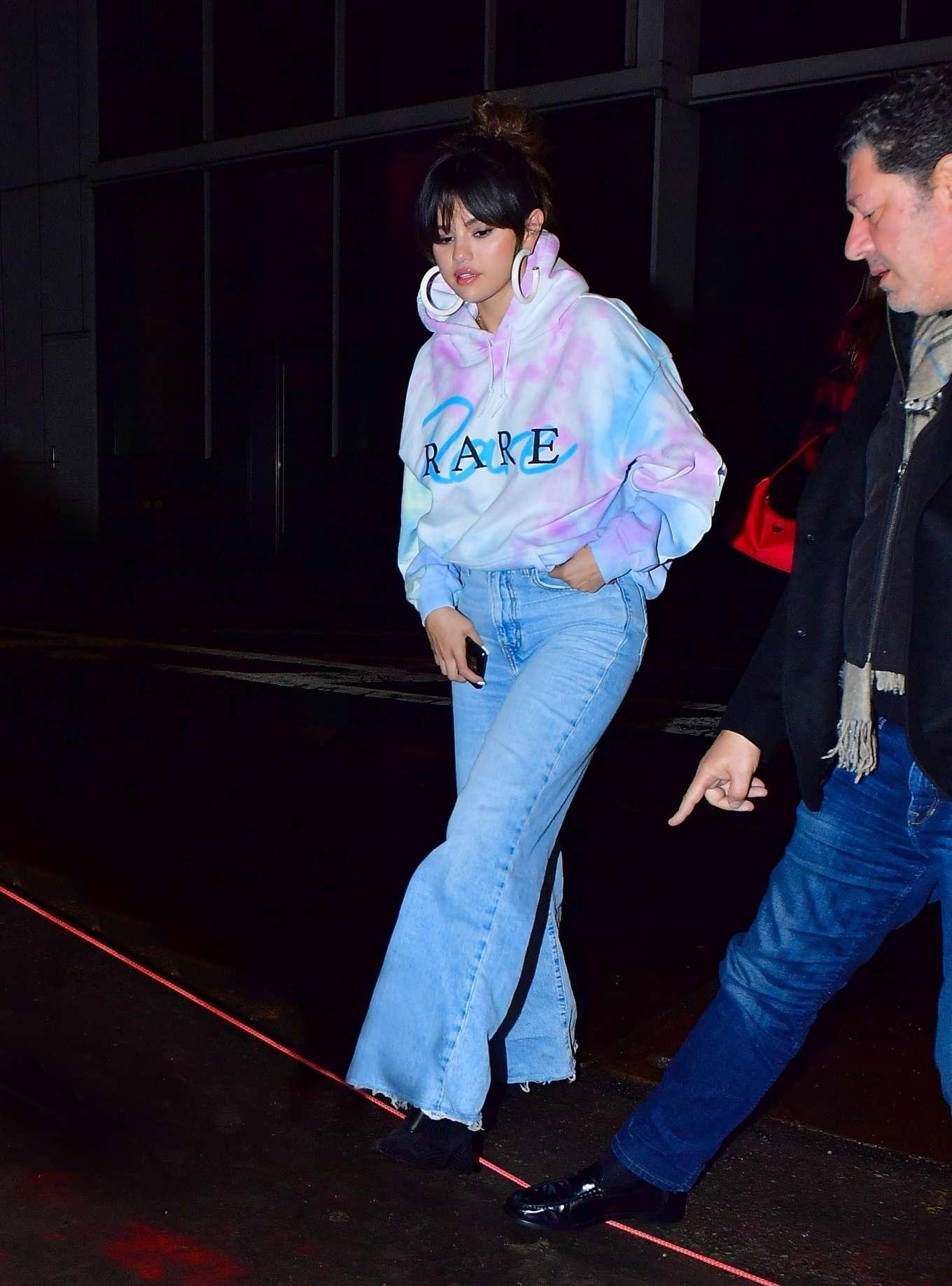 Selena Gomez 2020 : Selena Gomez – Heads to Bang Bang tattoo parlor in New York City-07
