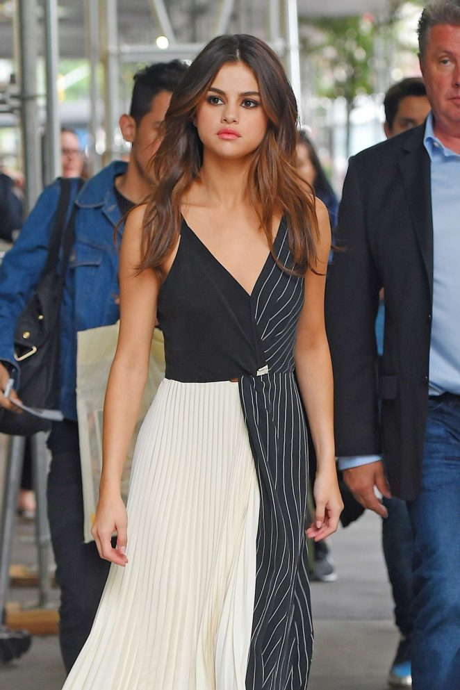 Selena Gomez in Black and White Dress Out in Manhattan
