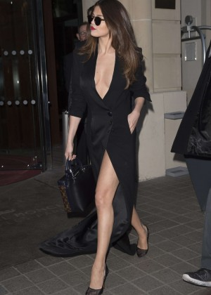 Selena Gomez in Black Dress -12