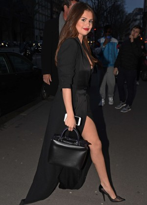 Selena Gomez in Black Dress -14