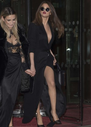 Selena Gomez in Black Dress -15
