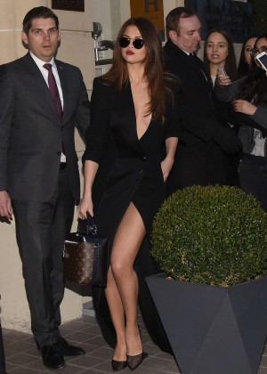 Selena Gomez in Black Dress -18