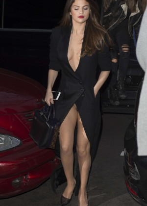 Selena Gomez in Black Dress -25