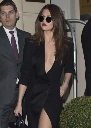 Selena Gomez in Black Dress -45
