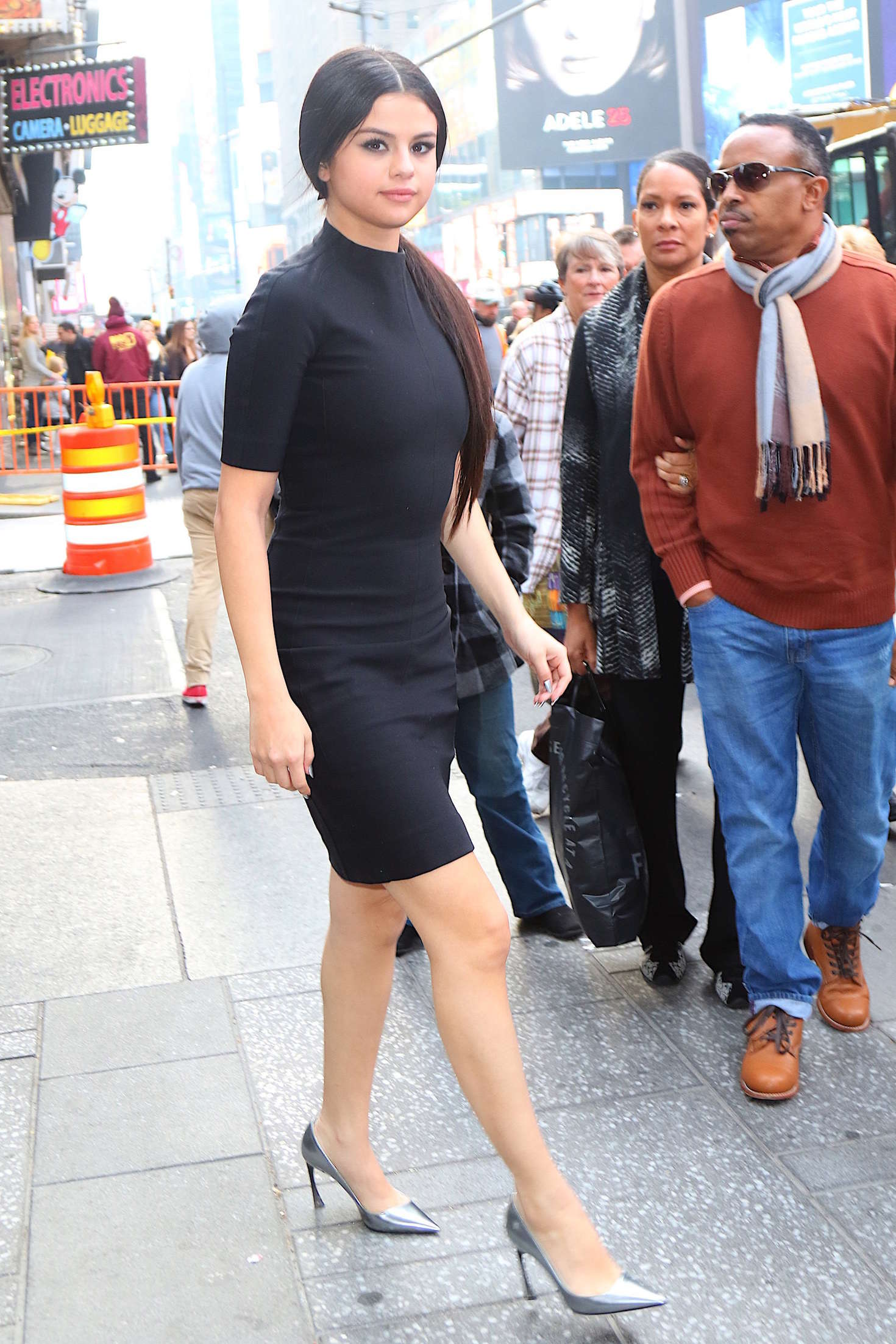 Selena Gomez 2015 : Selena Gomez in Black Mini Dress -14