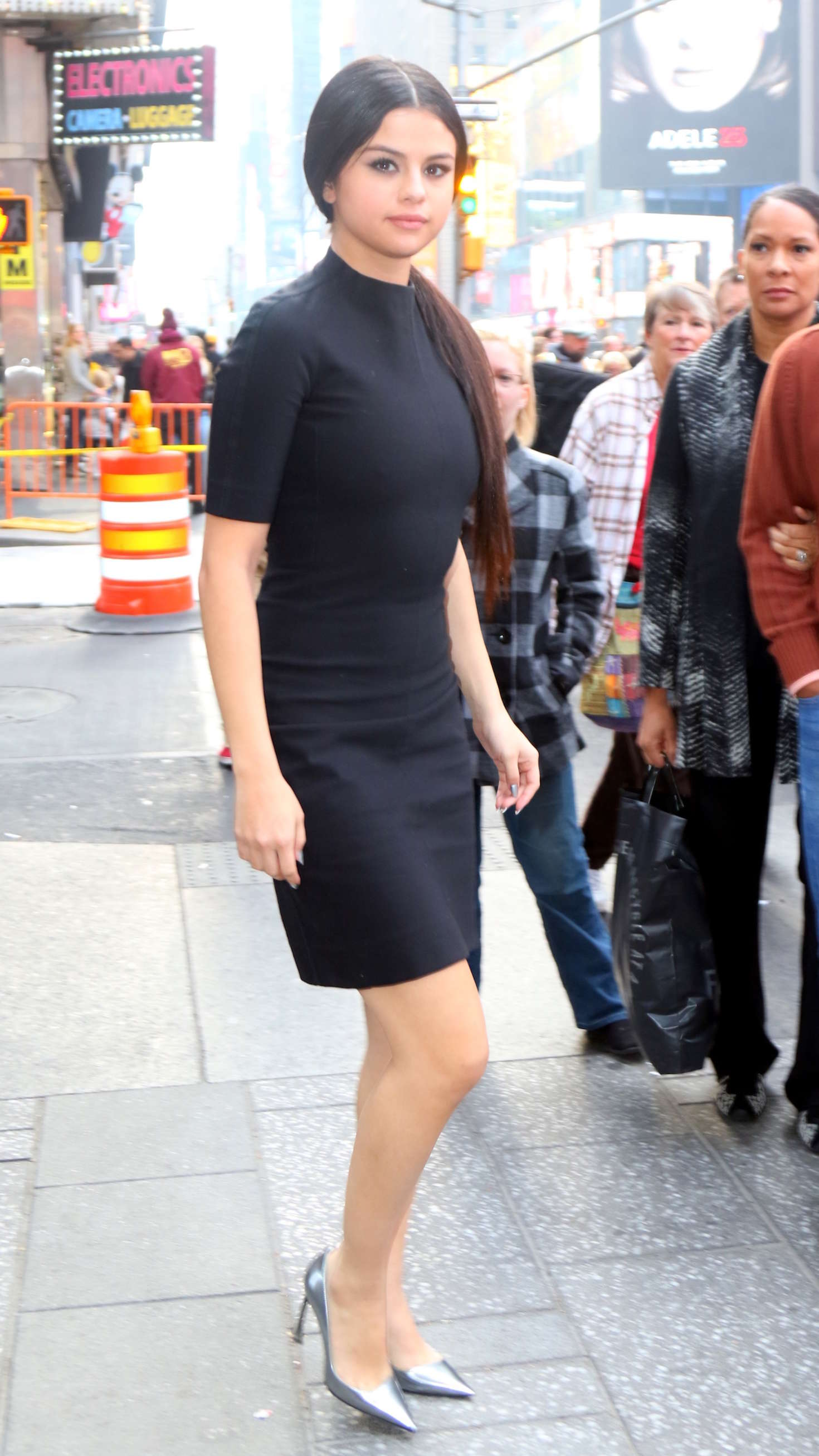 Selena Gomez 2015 : Selena Gomez in Black Mini Dress -20