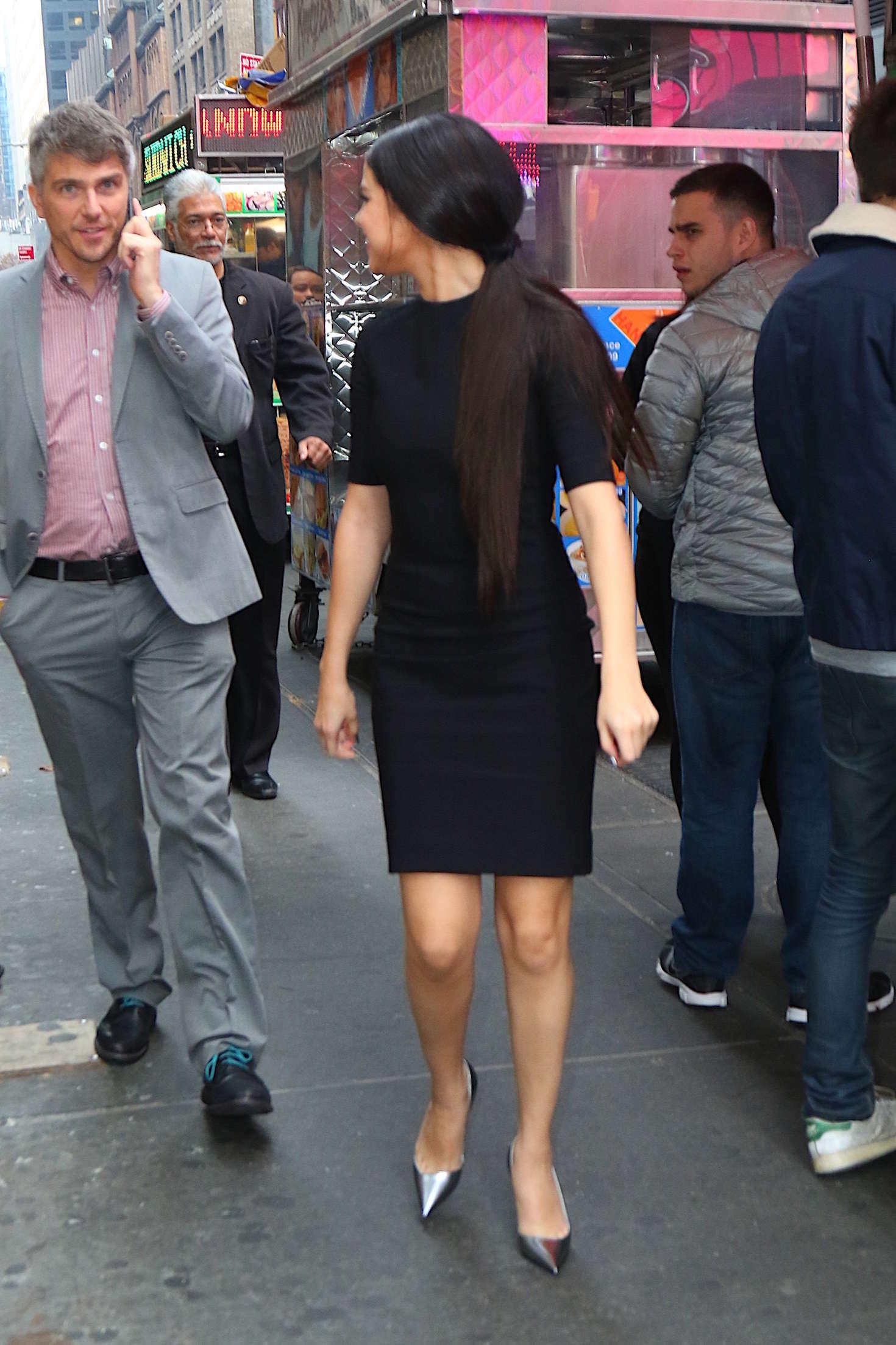 Selena Gomez 2015 : Selena Gomez in Black Mini Dress -22