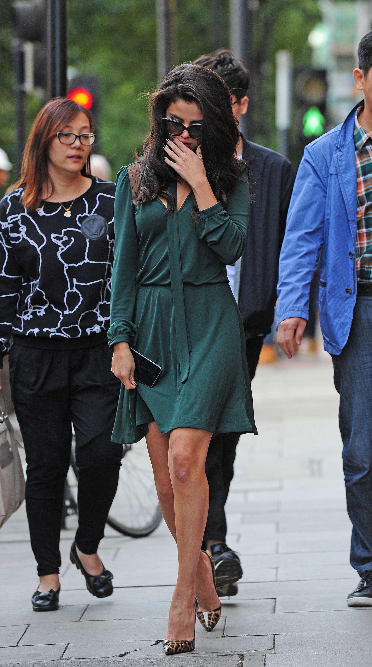 Selena Gomez Leggy in ...