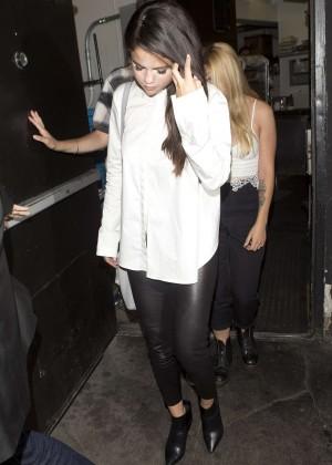 Selena Gomez Booty in Leather -09