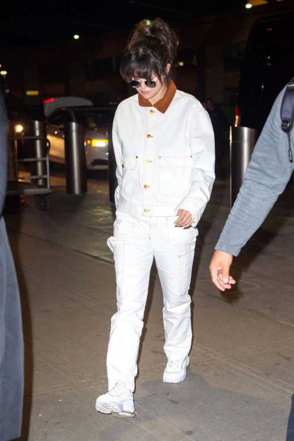 Selena Gomez in White - Arriving at JFK airport in New York