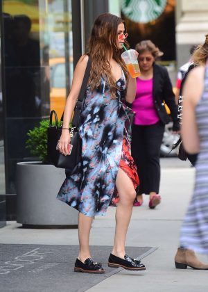 Selena Gomez - Leaves her hotel in New York