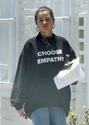 Selena Gomez - Leaving a doctors office in Beverly Hills