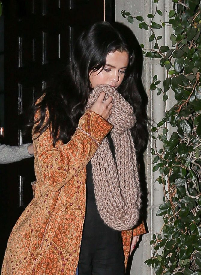 Selena Gomez – Leaving Firefly in Los Angeles