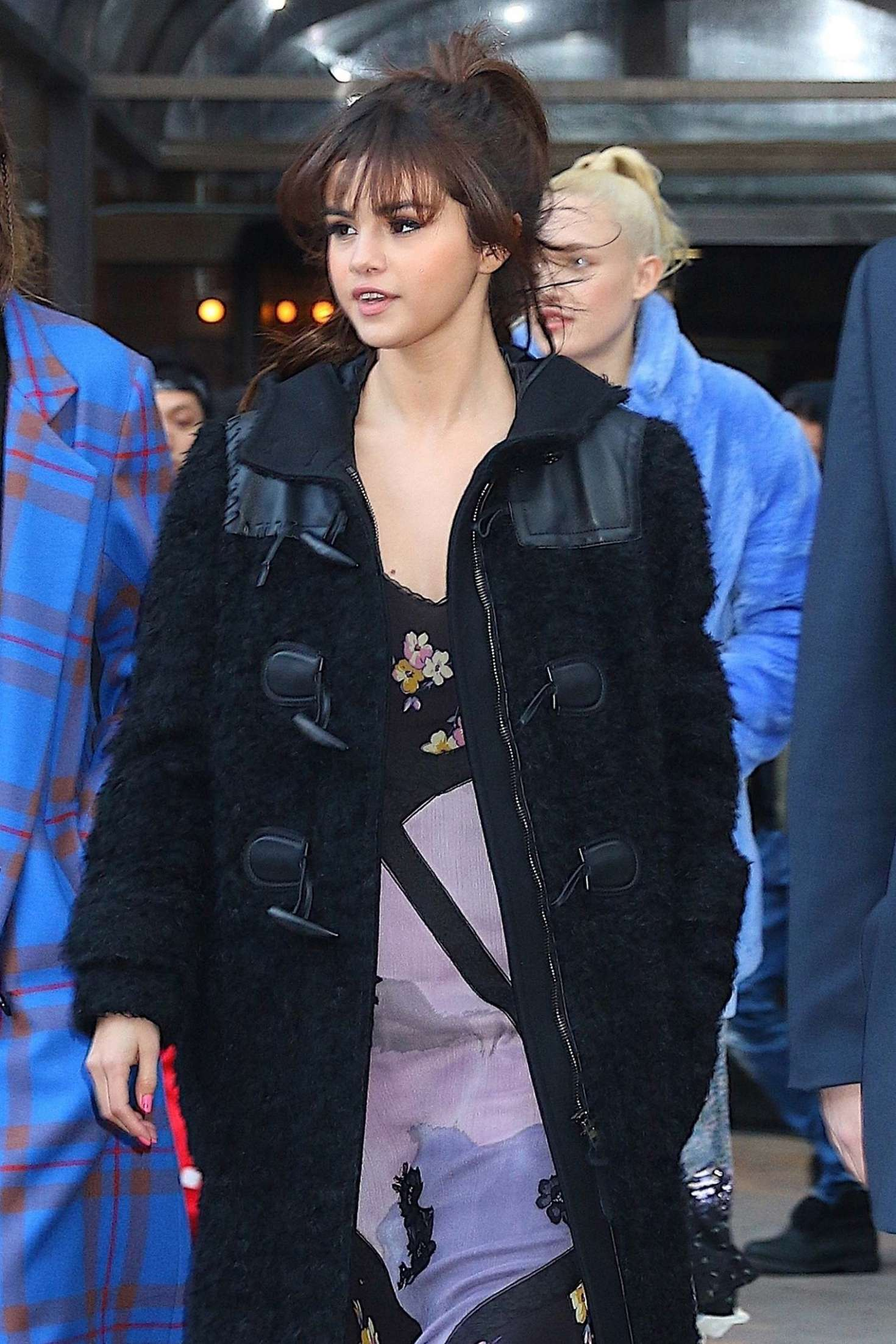 Selena Gomez Leaving Her Friends Apartment In New York