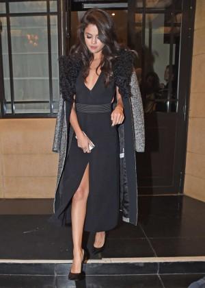 Selena Gomez: Leaving her hotel -11