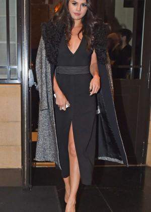 Selena Gomez: Leaving her hotel -18
