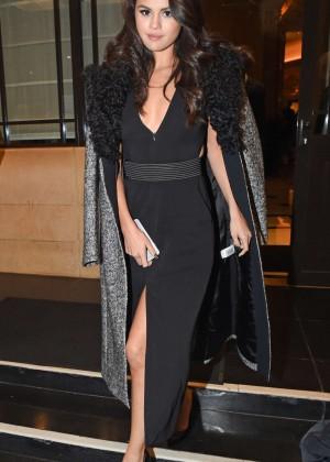Selena Gomez: Leaving her hotel -29