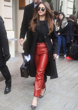 Selena Gomez - Leaving her hotel in Paris
