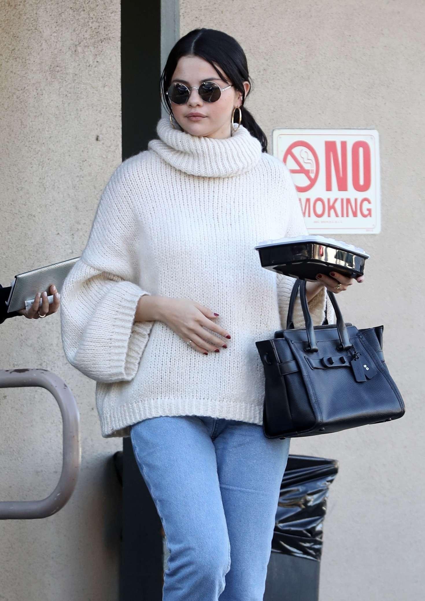 Selena Gomez - Leaving Hugo's Restaurant in Los Angeles