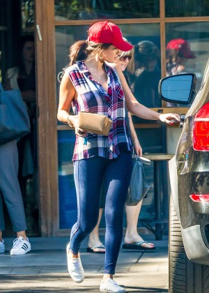 Selena Gomez in Tight Jeans at Pedalers Fork Restaurant in Calabasas