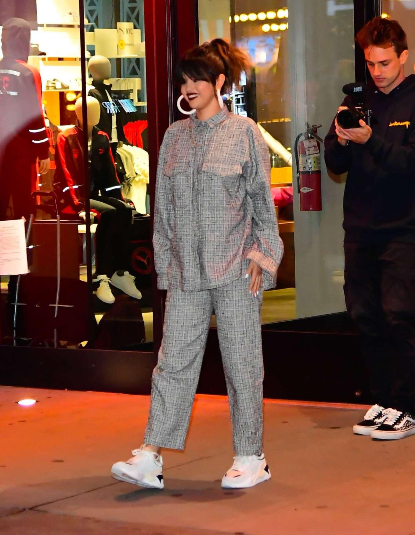 Selena Gomez 2020 : Selena Gomez – Leaving the Puma store in New York-05