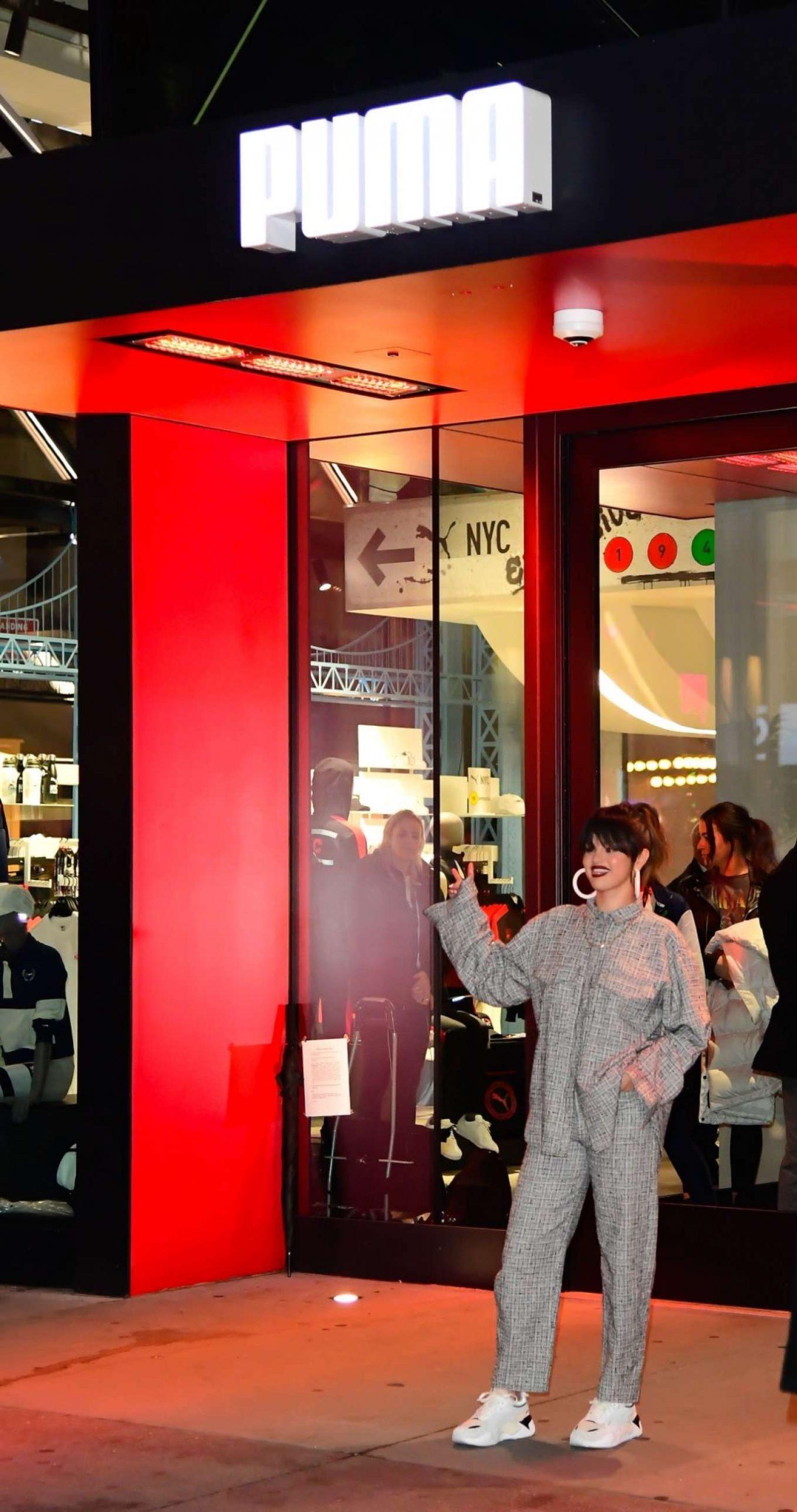 Selena Gomez 2020 : Selena Gomez – Leaving the Puma store in New York-09