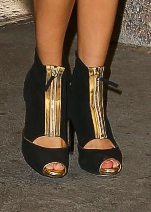 Selena Gomez: Leaving The Tonight Show -02