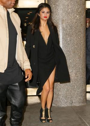 Selena Gomez: Leaving The Tonight Show -10