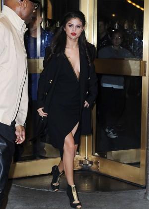 Selena Gomez: Leaving The Tonight Show -16