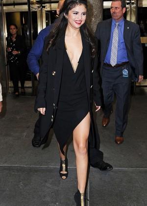 Selena Gomez: Leaving The Tonight Show -18