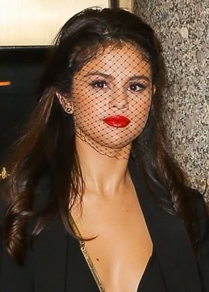 Selena Gomez: Leaving The Tonight Show -19