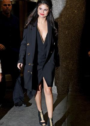 Selena Gomez: Leaving The Tonight Show -24
