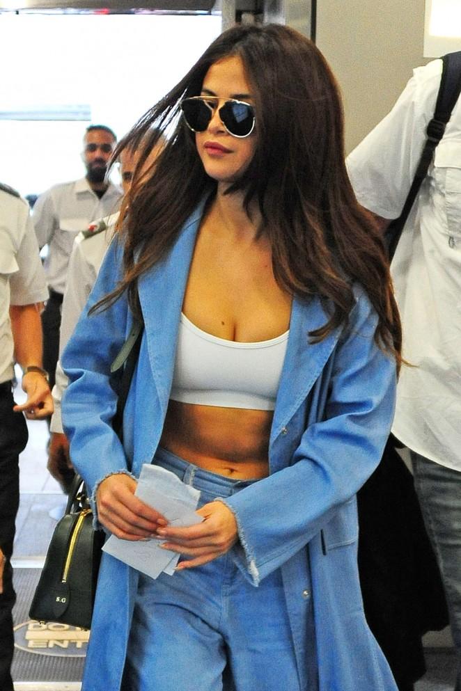 Selena Gomez - Miami International Airport