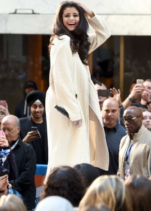 Selena Gomez: NBCs Today at Rockefeller Plaza -18