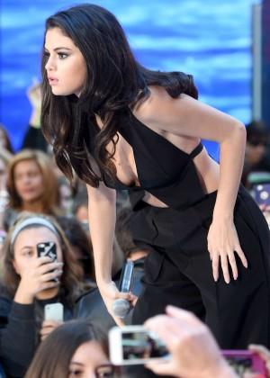 Selena Gomez: NBCs Today at Rockefeller Plaza -20