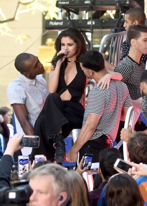 Selena Gomez: NBCs Today at Rockefeller Plaza -21