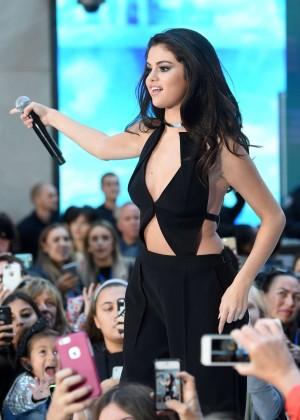 Selena Gomez: NBCs Today at Rockefeller Plaza -26